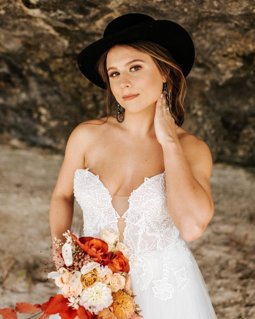 Attention alternative Austin brides-to-be...this one's for you! Add a little bit of spice to your nuptials as seen in this