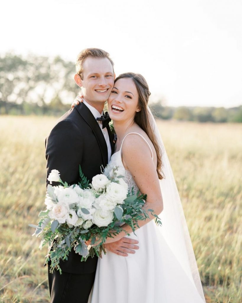 """""""caitlinrosephoto is an incredible photographer! She was so easy to work with and extremely responsive. She provided vendor recommendations and"""