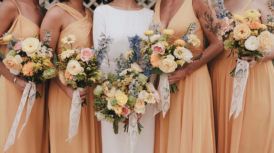 If these gorgeous bouquets from bricolagecf could talk, we think they would ask us to afternoon tea following some romantic