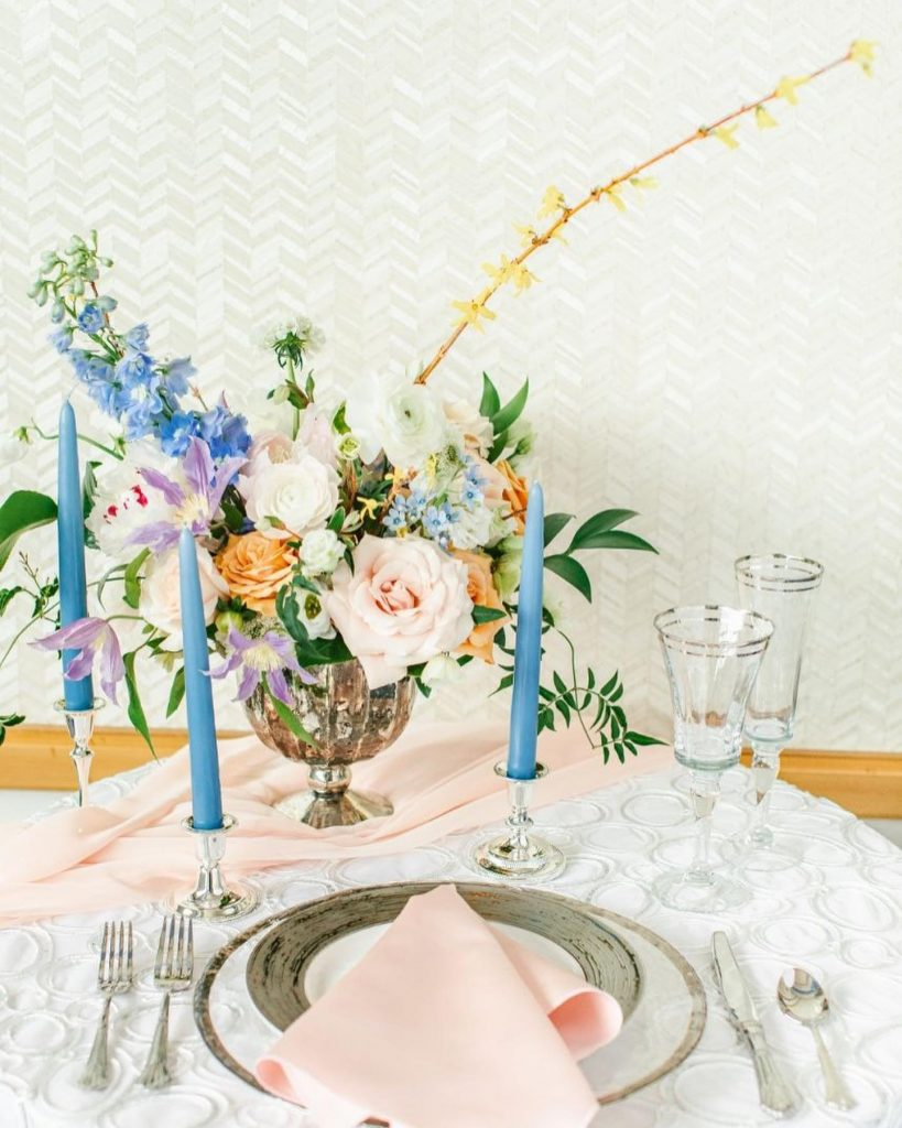 Check out this easy, sea-breezy wedding inspo at fairmontatx. What makes us feel like we are frolicking in a pastel