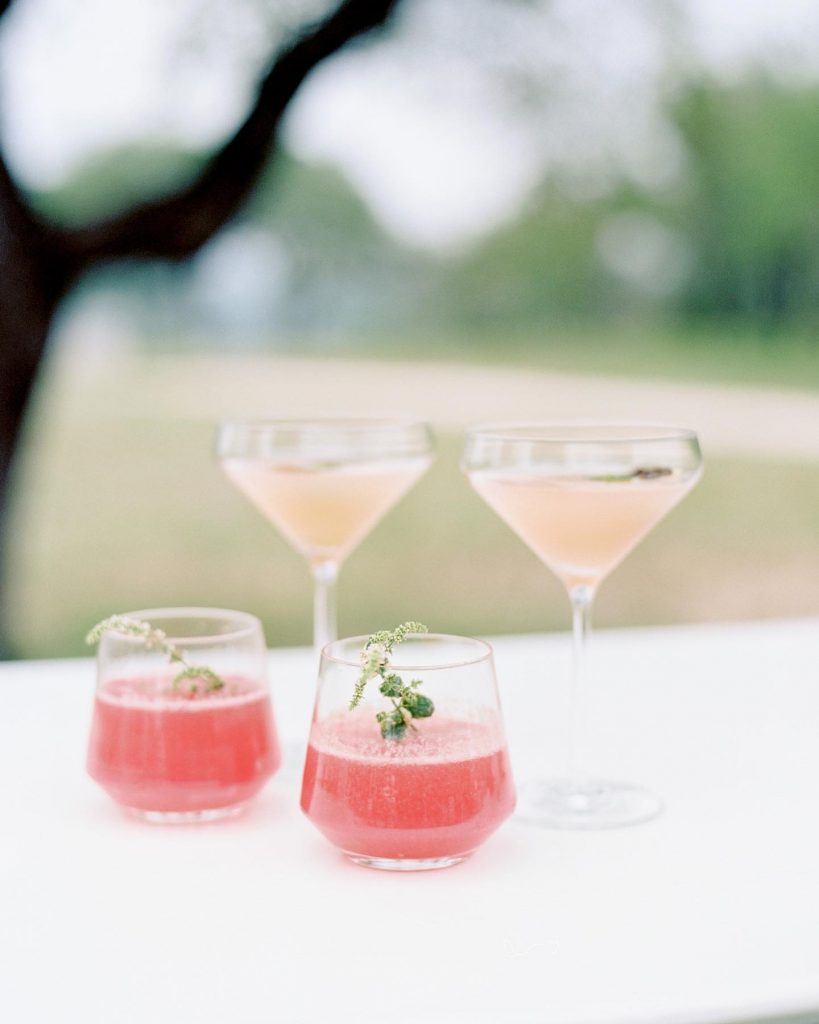CHEERS to a wonderful new issue of our beloved mag. Packed inside, you can find Austin's best new weddings, gorgeous