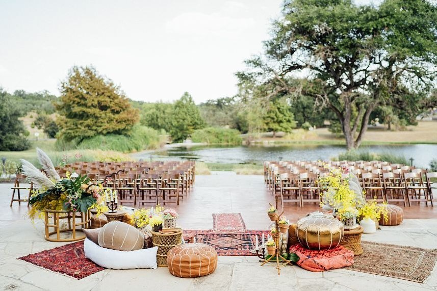 gareyhousegtx served as the perfect venue for this whimsical Western dream — right here in the heart of Texas! If