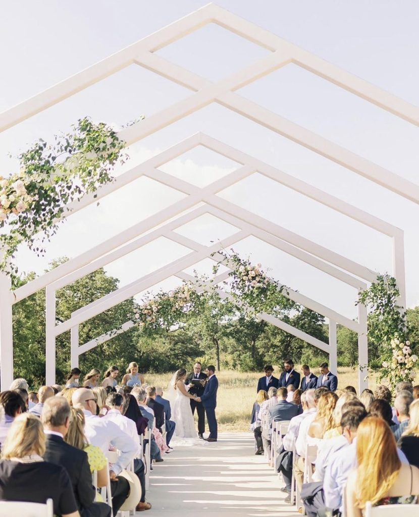 We are thrilled to know and work with each of the incredibly talented wedding planners in Austin that make up